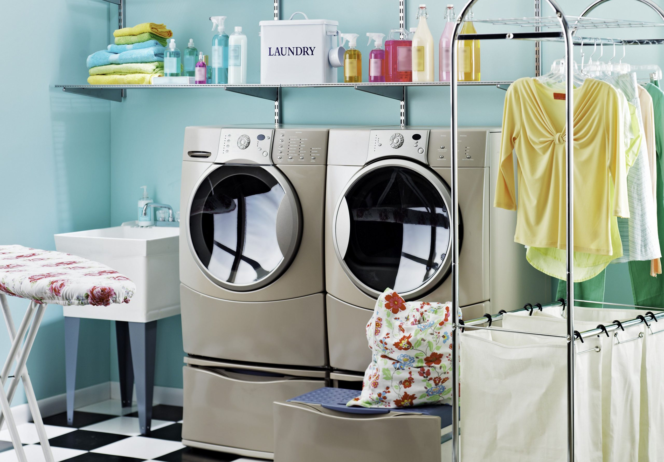 Laundry & Dry cleaning in Manchester 24hours delivery service | The Laundryman App